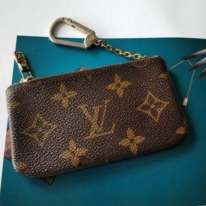 Louis Vuitton Key Pouch Cleft Monogram